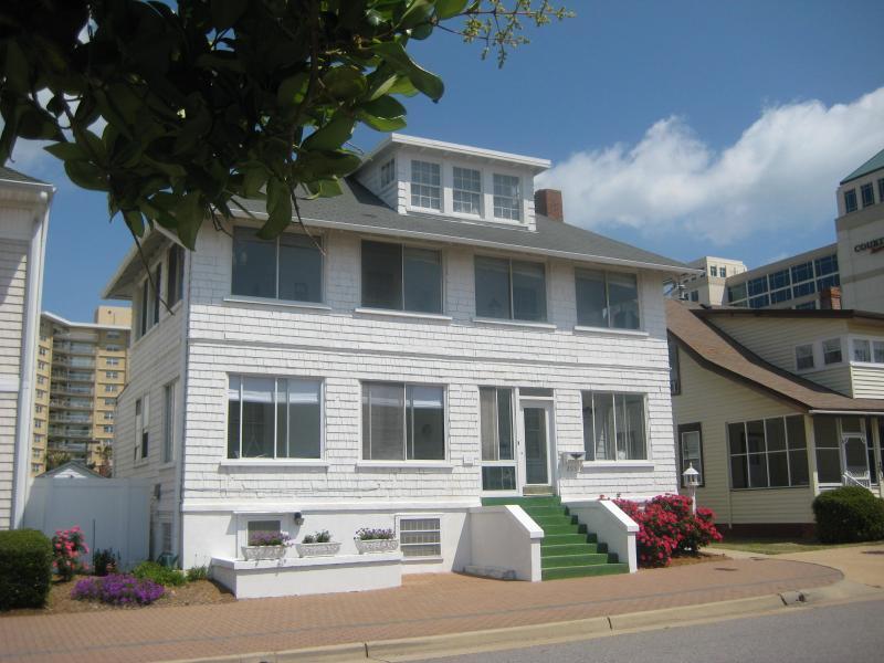 HISTORIC BEACH COTAGES - Cutty Sark Historic Beach Cottage White House -West Wing - Virginia Beach - rentals