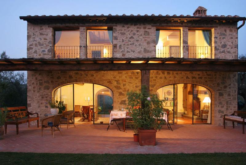 Gorgeous Stone Vacation House in Certaldo, Tuscany - Image 1 - Lucardo - rentals