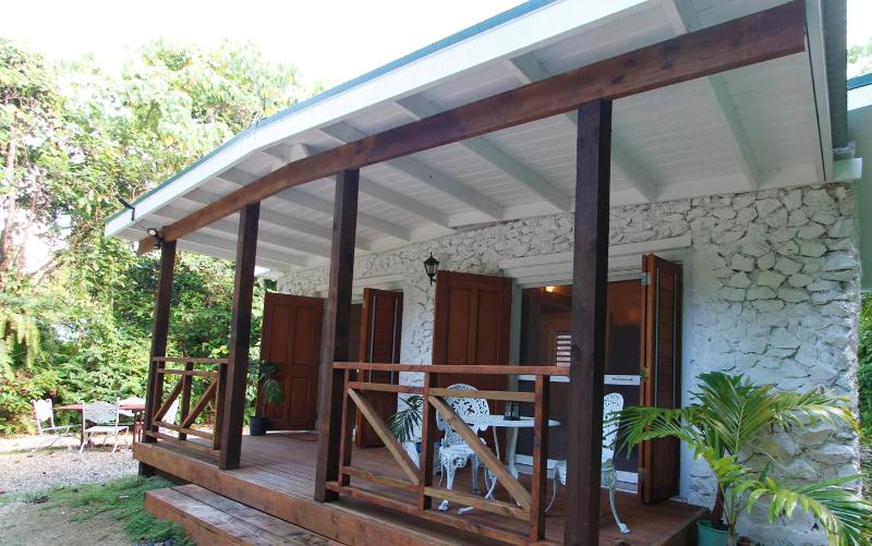 Stone Villas located within the lush green forest of Niue - Stone Villa's - Nunavut - rentals