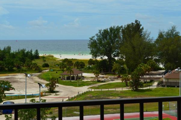 Located directly across from beautiful Siesta Key Beach - Beautiful Condo w/Great Views of #1 Beach in USA! - Siesta Key - rentals
