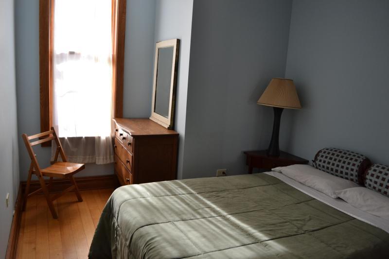 bedroom 2 - 2 Bdrm Brownstone Home in Harlem, Manhattan - New York City - rentals