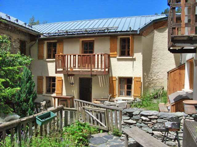 chalet in summer - 3 bedroom chalet in French Alps - Aime - rentals