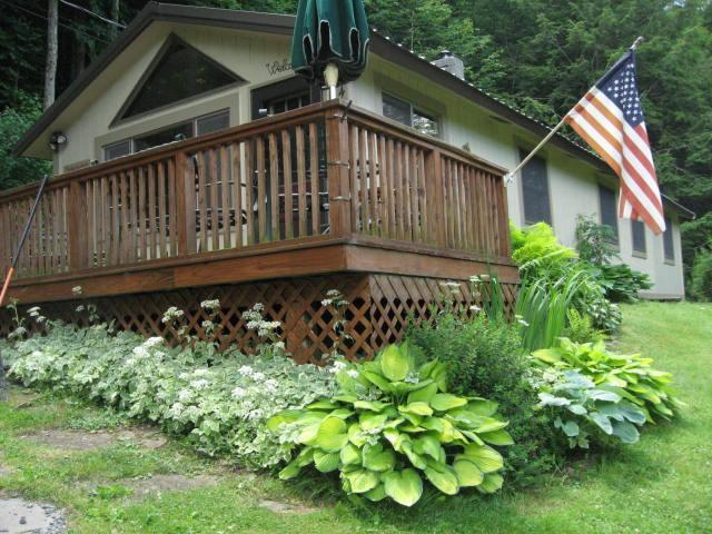 Charming Immaculate Cabin in Beautiful Catskills - Image 1 - Margaretville - rentals