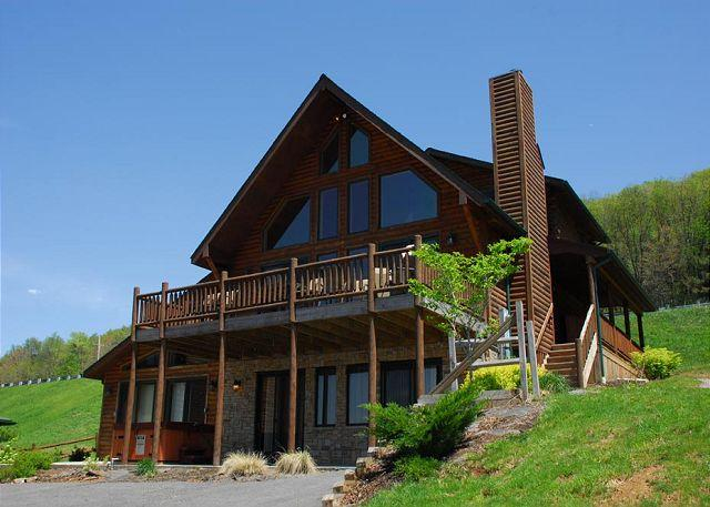 Exterior - Gorgeous Log Home With Private Indoor Pool and Dock Slip - McHenry - rentals