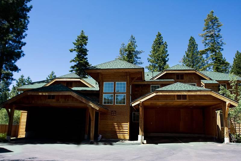 Newer Cozy Condo in North Lake Tahoe (102IW) - Image 1 - Incline Village - rentals