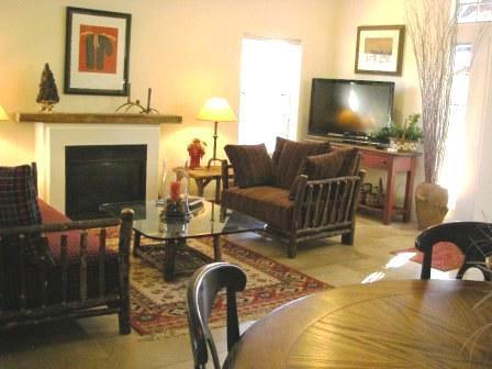 Living Area Flagstaff Vacation Rental - A Corporate Vacation Luxury Townhome, Grand Canyon - Flagstaff - rentals