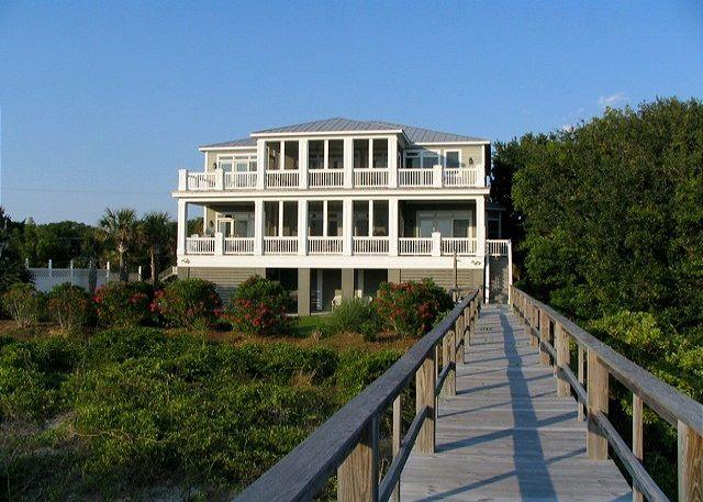 Exterior - Edisto Sunset - Beach Front Showplace For Large Group - Edisto Island - rentals