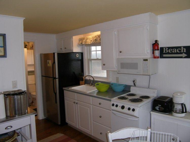 Kitchen with stainless fridge, new stove and sink - 173A North Shore Blvd - East Sandwich - rentals