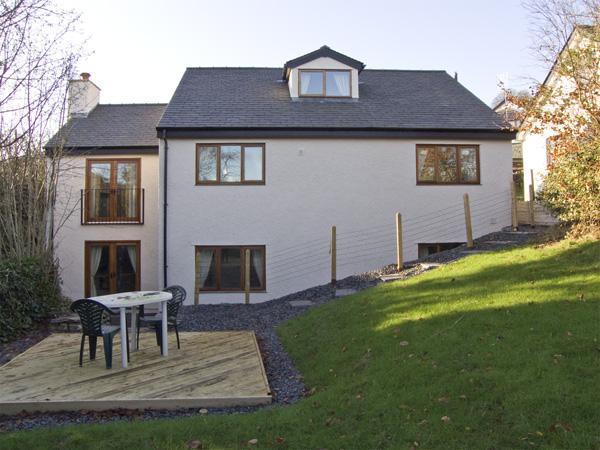 BECKS FOLD, family friendly, with a garden in Coniston, Ref 3854 - Image 1 - Coniston - rentals
