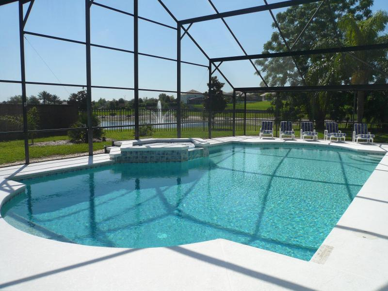 Pool/SPA, Loungers in the SOUTH sun and the secluded pond/fountain view - Big Pool Villa at Golden Pond - Kissimmee - rentals