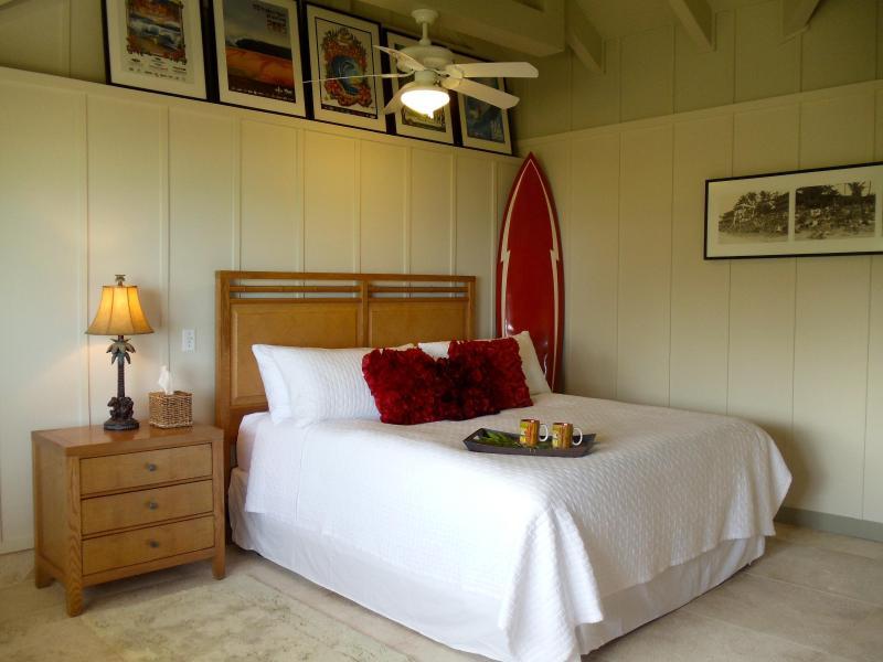 Large, King bedroom - Kailua Beachfront - All New Apartment! - Kailua - rentals