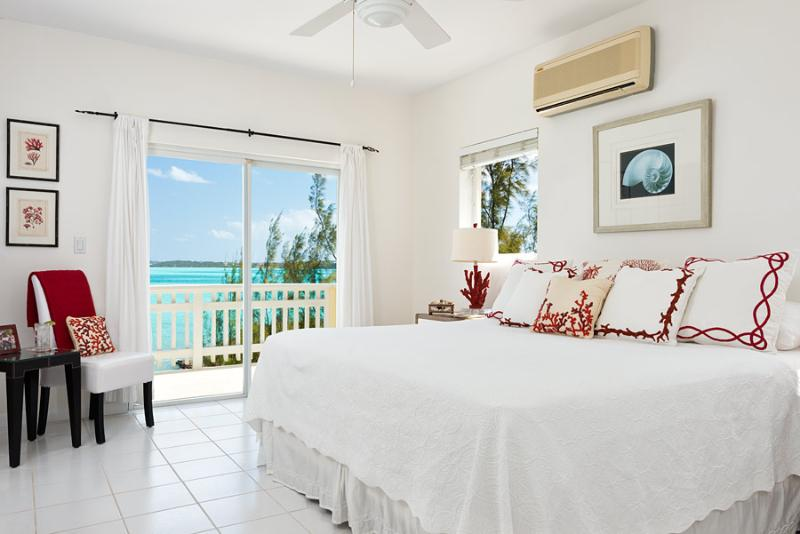 Newly renovated Master with bath ensuite - Bright Idea - Chalk Sound waterfront rental - Providenciales - rentals