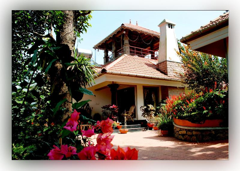 Front view. - Munnar Carpe Diem Cottage - Munnar - rentals