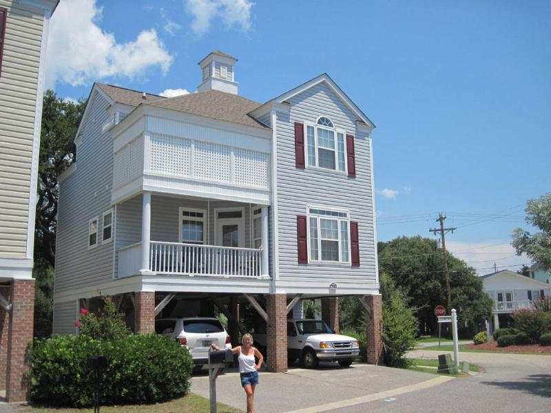 413 Myrtle Oaks Drive - Surfside Beach, SC - 4 BR, 4BA ONE BLOCK FROM OCEAN! AWARD WINNER - Surfside Beach - rentals