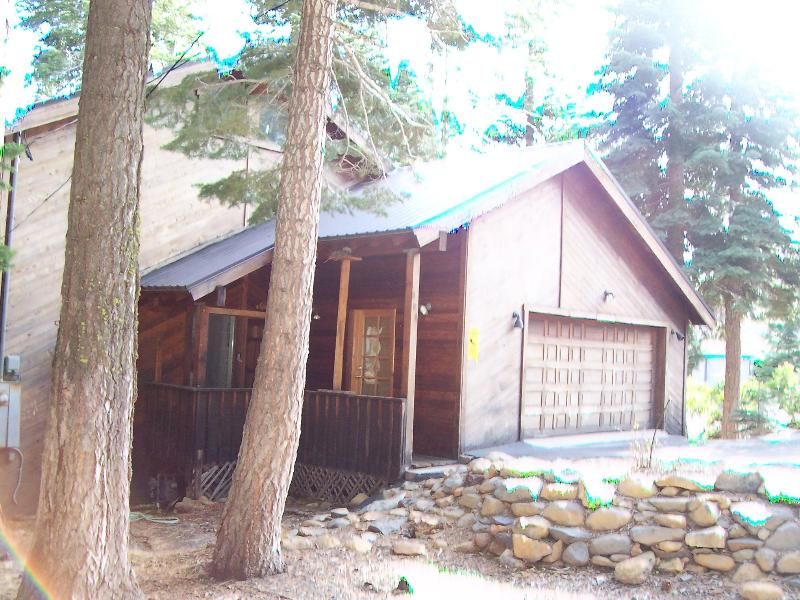 Front of Home - Ski Squaw*FlatScreen*HotTub*Foosball*Backs 2 Trees - Tahoe City - rentals