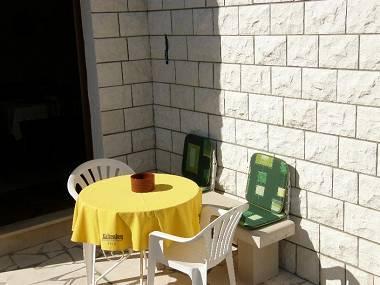 A1(2+1): terrace - 2067 A1(2+1) - Splitska - Splitska - rentals