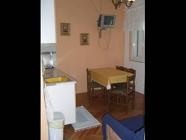 A2-Rozi(3+1): kitchen and dining room - 00103STAR  A2-Rozi(3+1) - Stari Grad - Stari Grad - rentals