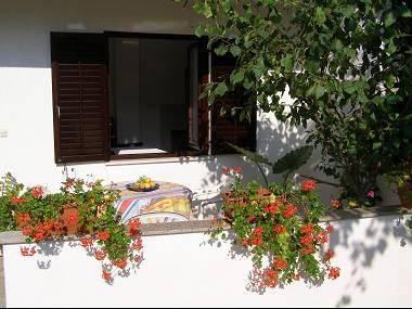 A4(2+1): terrace - 2307  A4(2+1) - Krk - Krk - rentals