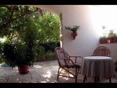 A1(7+1): terrace - 04801SUPE  A1(7+1) - Supetar - Supetar - rentals