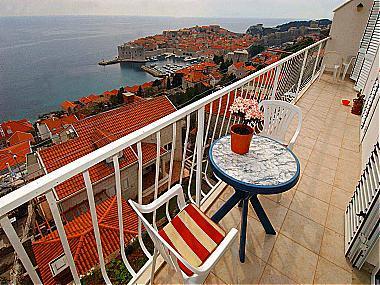 A1(2): terrace view - 01016DUBR A1(2) - Dubrovnik - Dubrovnik - rentals