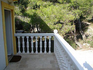 A2(2+2): terrace - A00304RUKA A2(2+2) - Cove Rukavac - Rukavac - rentals