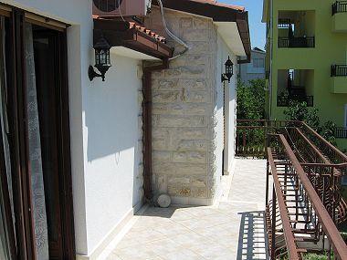 A2(2+1): balcony - 001KLUK A2(2+1) - Kastel Luksic - Kastel Luksic - rentals