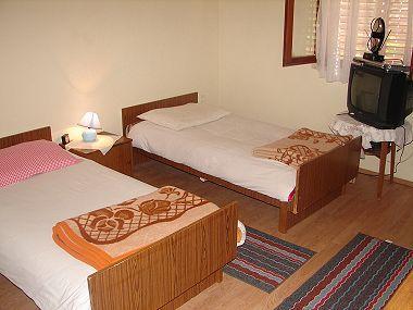 A1(4): bedroom - 0412SLAT  A1(4) - Slatine - Slatine - rentals