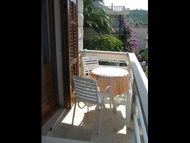 A4(2+1): terrace - 2190 A4(2+1) - Povlja - Povlja - rentals