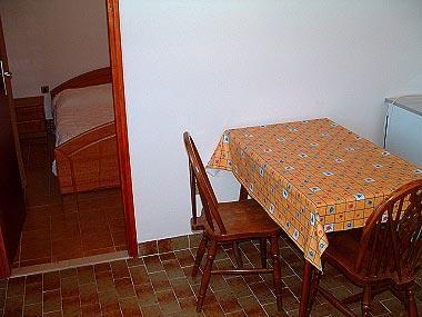 A2(2): dining room - 03001SUPE  A2(2) - Supetar - Supetar - rentals