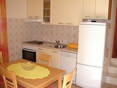 A2(2+1): kitchen and dining room - 002POST  A2(2+1) - Postira - Postira - rentals