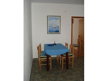 A3(4): dining room - 044-04-ROG A3(4) - Cove Banje (Rogac) - Cove Banje (Rogac) - rentals