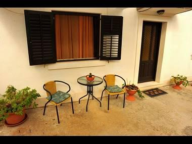A4(4): gym (house and surroundings) - 00901SUTI  A4(4) - Sutivan - Sutivan - rentals