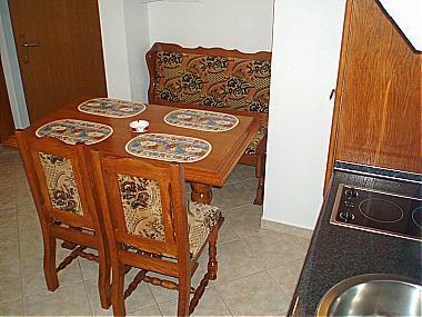 A6(2+2): dining room - 01209STAN A6(2+2) - Stanici - Stanici - rentals