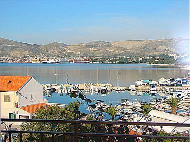 A3(4+1): terrace view - 01112OKRG A3(4+1) - Okrug Gornji - Okrug Gornji - rentals