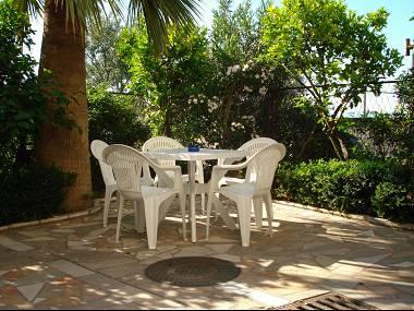 A1(4+1): garden terrace - 001PODS  A1(4+1) - Podstrana - Podstrana - rentals