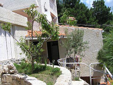 A D(5): garden terrace - 001PISA  A D(5) - Pisak - Pisak - rentals