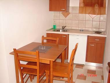 A1(4): kitchen and dining room - 1969 A1(4) - Milna (Hvar) - Milna - rentals
