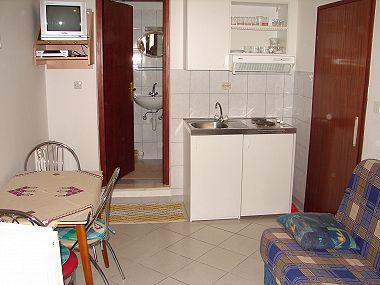 A2(2+1): kitchen and dining room - 00107SEGD A2(2+1) - Seget Donji - Seget Donji - rentals