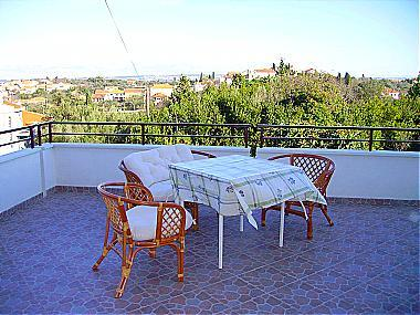 A2(2+2): covered terrace - 00319SUTO A2(2+2) - Sutomiscica - Sutomiscica - rentals