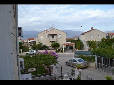 A2(6): terrace view (house and surroundings) - 7501SUPE A2(6) - Supetar - Supetar - rentals