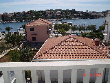 A2(4+1): terrace view - 013SEGV A2(4+1) - Seget Vranjica - Seget Vranjica - rentals