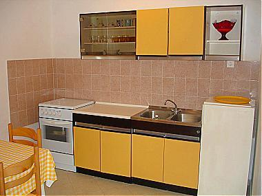 A1(2+1): kitchen and dining room - 00714KORC A1(2+1) - Korcula - Korcula - rentals