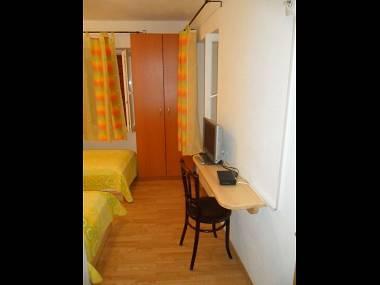 R1(2): room - 2142 R1(2) - Trogir - Trogir - rentals