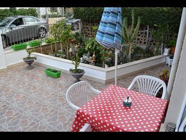 SA1(2): garden terrace - 7501SUPE SA1(2) - Supetar - Supetar - rentals