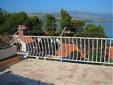 A2(2+2): terrace - 03312TROG A2(2+2) - Trogir - Trogir - rentals