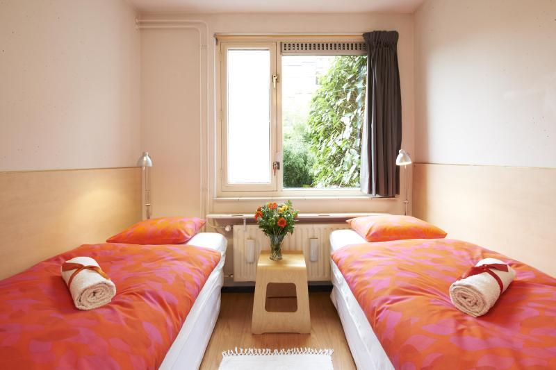 @ Daniel's Guest Room - @ Daniel's (Garden View Room) - Award Winner - Amsterdam - rentals