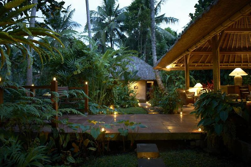 Villa Sungai by night - Villa Sungai - rivertop villa in central Ubud - Ubud - rentals