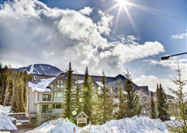 Greystone Lodge - Acer Vacations | Great Family Friendly 2 Bedroom Ski-in Ski-out Accommodation - Whistler - rentals