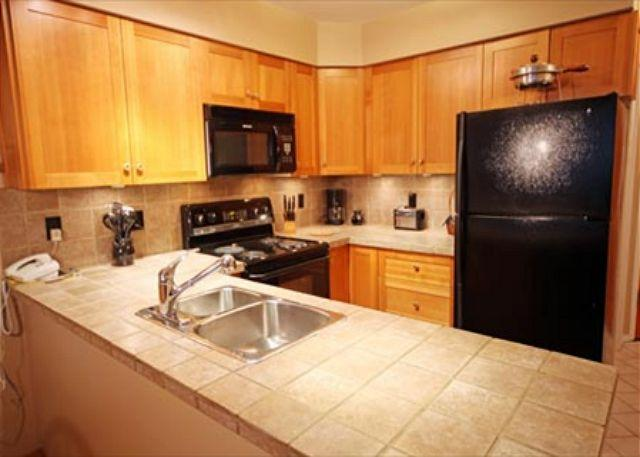 Kitchen - A Ski-in Ski-Out 2 Bedroom Vacation Condo on Blackcomb - Greystone Lodge - Whistler - rentals