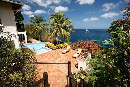 La Paloma - Luxury villa near beach with pool, spacious patio & sea views - Image 1 - Saint Lucia - rentals